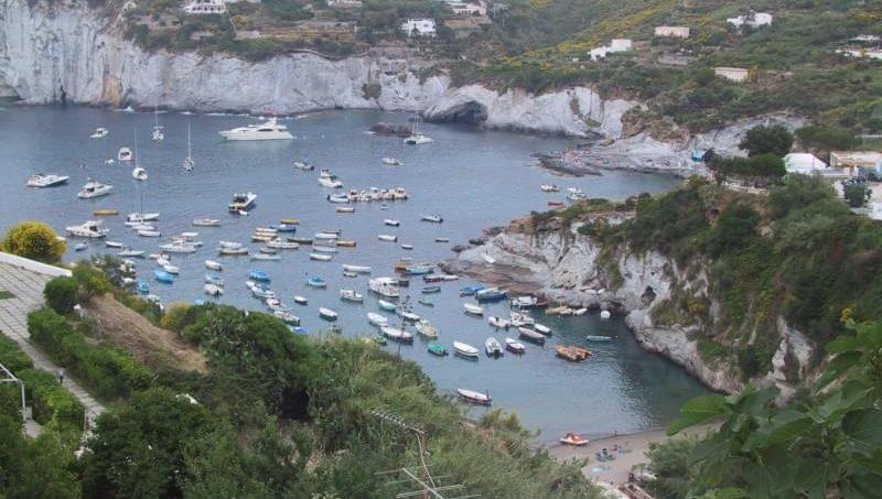 Cala Feola (Isola di Ponza), Latina – Lazio